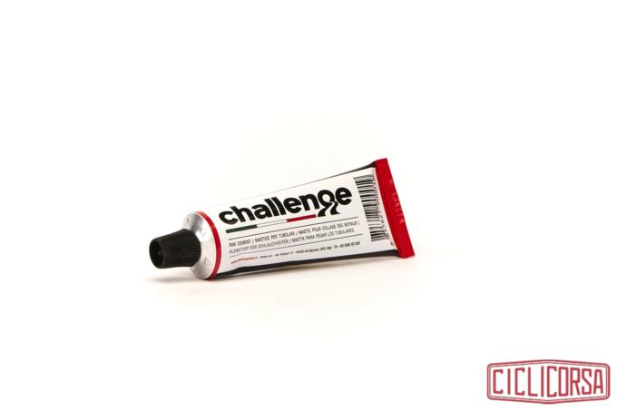 Challenge mastice tubetto